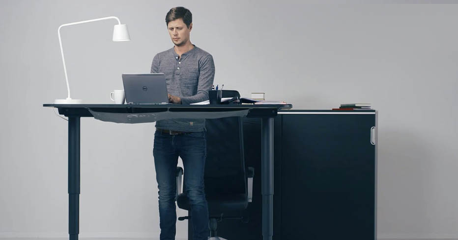 With Ikea Experiencing A Three Month Delay On Bekant This Will Be Review Of The Features Offered S New Electric Sit Stand Desk In Comparison